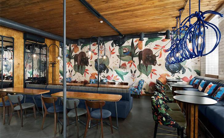 Interior cafenea Blue Cup Kiev. Design interior cafenele.