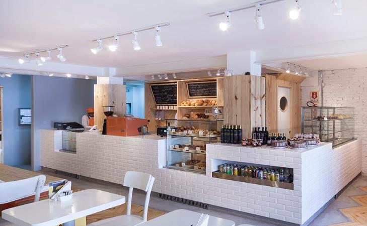 Padarie - Design cafenea Brazilia. Bar interior cafenea.