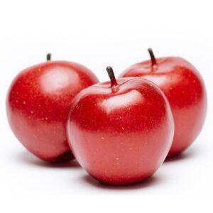 Mere artificiale decorative de culoarea rosie. Fructe artificiale ornamentale. Mere artificiale din plastic.
